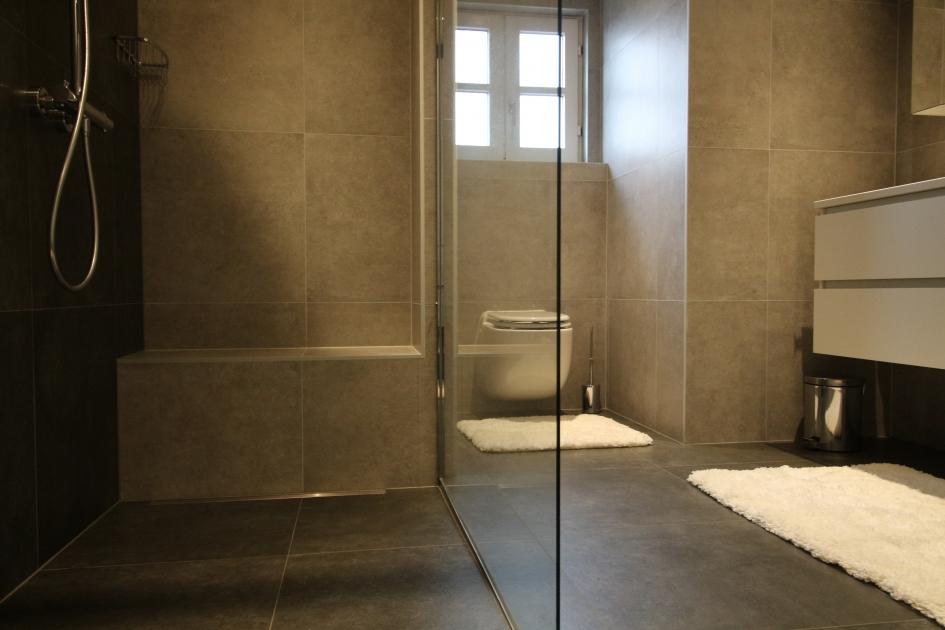 Badkamer Renoveren Aalst : Mozaver totale badkamerrenovatie in limburg